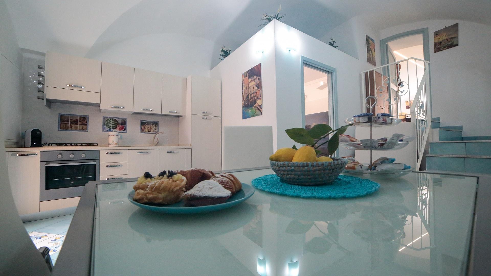 Appartamenti costiera amalfitana qualeatalian amalfi coast for Appartamenti amalfi